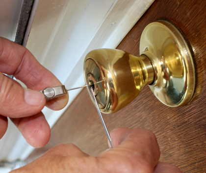 Emergency Locksmiths in Cardiff